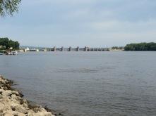 Lock on the Mississippi @ Guttenburg